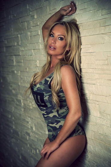 PAIGE ➨ Blonde Stripperin aus Hamburg ✓ heiße Blondine ✓ sexy Tattoos ✓ tolle Figur ✓